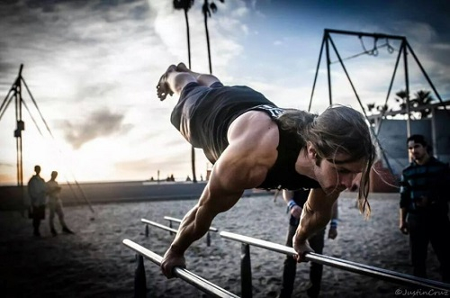 LE STREET WORKOUT, LA MUSCULATION DES RUES ?